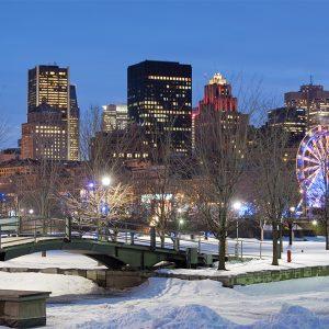 Montréal enneigé au Canada
